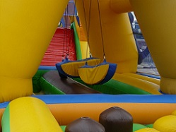bouncy-castle-442864_640